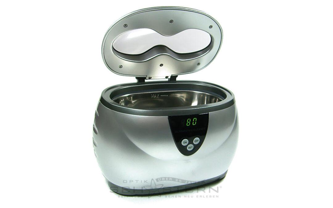 Ultraschallgerät mit Edelstahlbecken zur Reinigung von Brillen